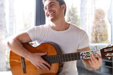 Gitarre lernen mit Gadgets auf gadgetzone.de